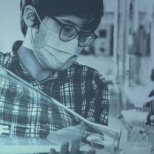 chemist pour
